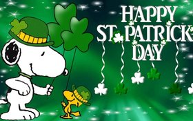 St. Patrick's day! Snoopy. A Shamrock. Green hats. Ecard for children. Free Download 2019 greeting card