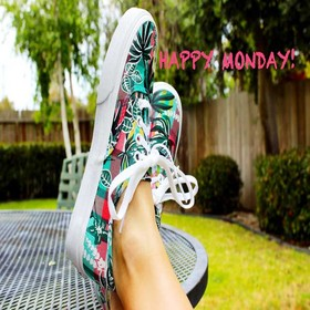 Happy Monday. New photo-ecard. Happy Monday. Colorful sneakers. Have a happy monday my friend. Have a nice beginning of the week. Monday wishes for friends. Free Download 2018 greeting card