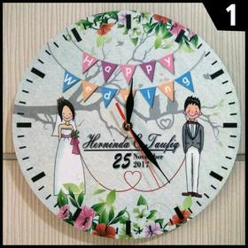 Happy wedding day to my dear friend! Greeting card Happy Wedding. Clock. Bride and groom. Free Download 2019 greeting card