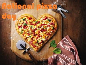 National pizza day card for dear father. Download a card free of charge. Postcard with pizza in the form of heart. a heart. Love to pizza. For dinner we have pizza. Free Download 2019 greeting card