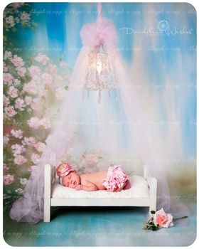 Sleeping baby girl. Cute Ecard. Baby girl. Sleeping baby. Postcard for a new baby. We wish you joy, kindness, sympathetic friends and a lot of positive for your baby! Free Download 2021 greeting card